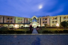 Royal-Park-International-Hotel-Resort